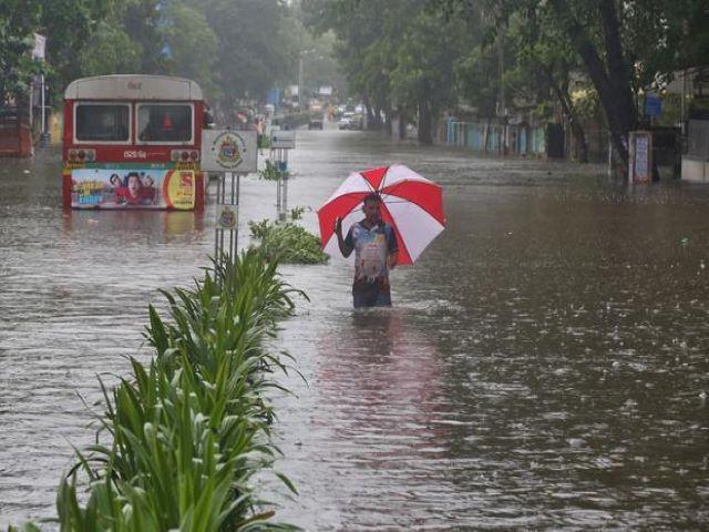 mumabi rain fall