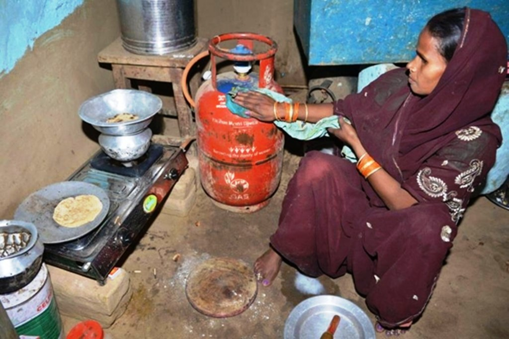 do and donts during gas leakage